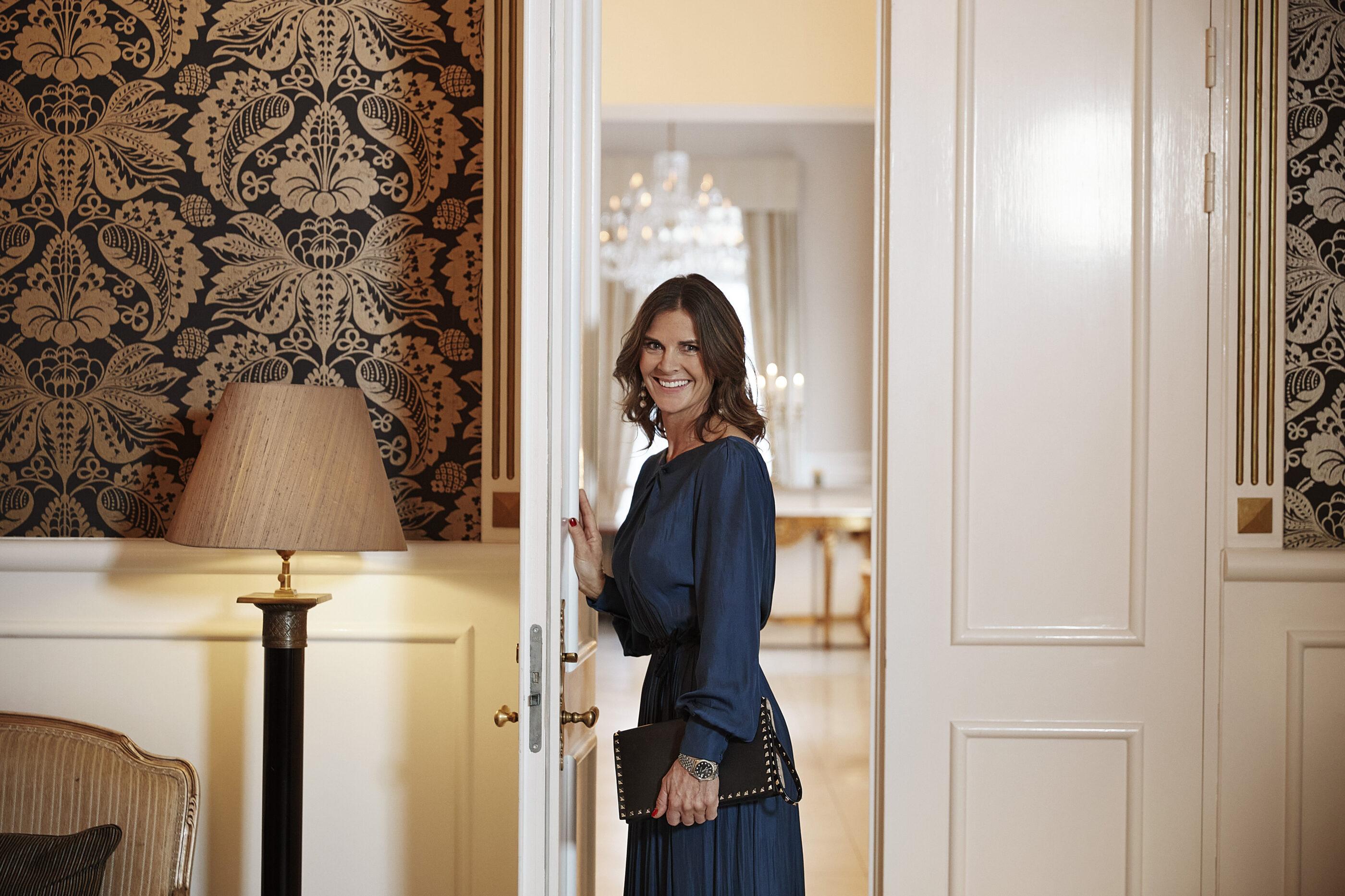Woman standing in a doorway